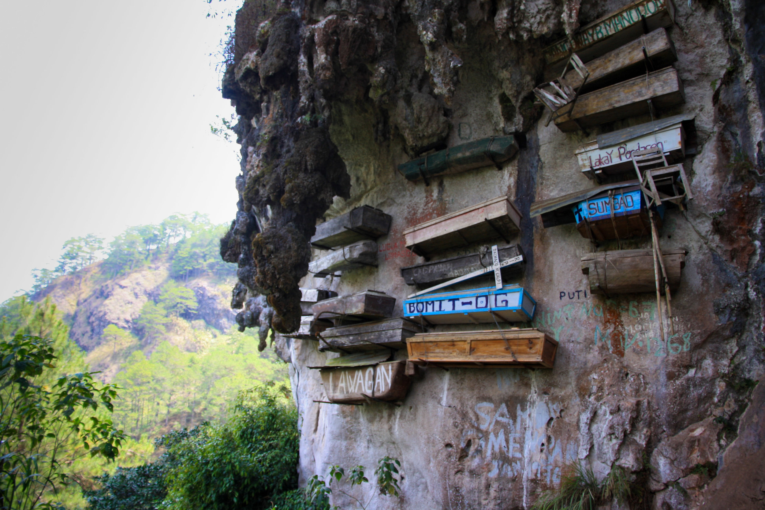 The hanging coffins of Sagada - Places to visit in the Philippines