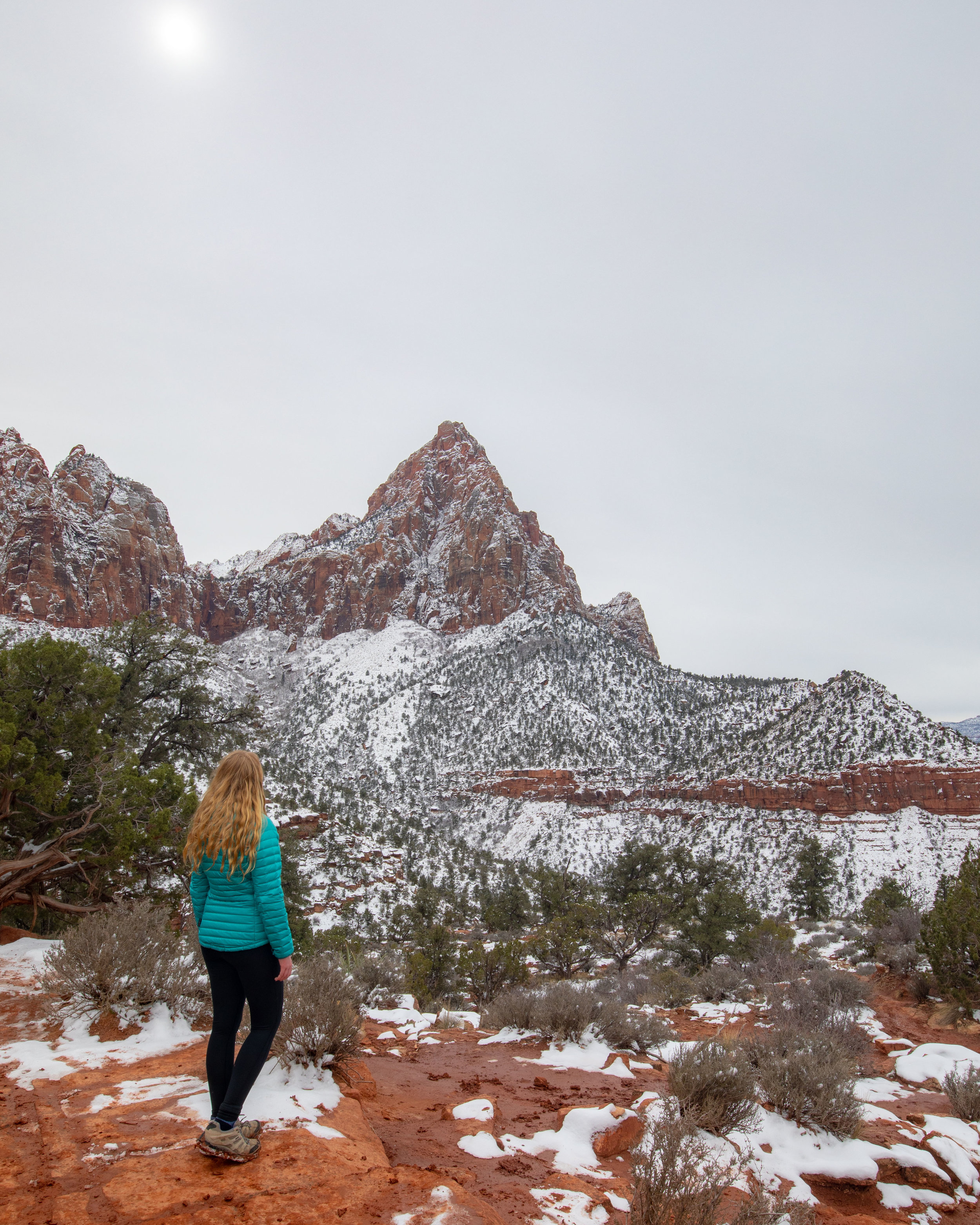 The viewpoint on the Watchman Trail in winter