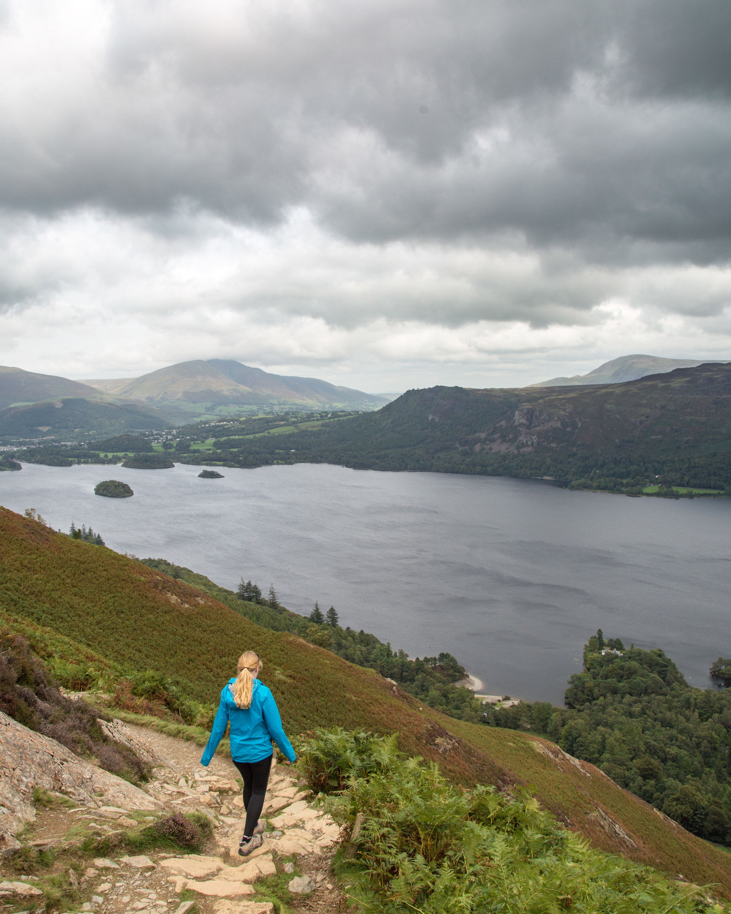 The hike down Cat Bells