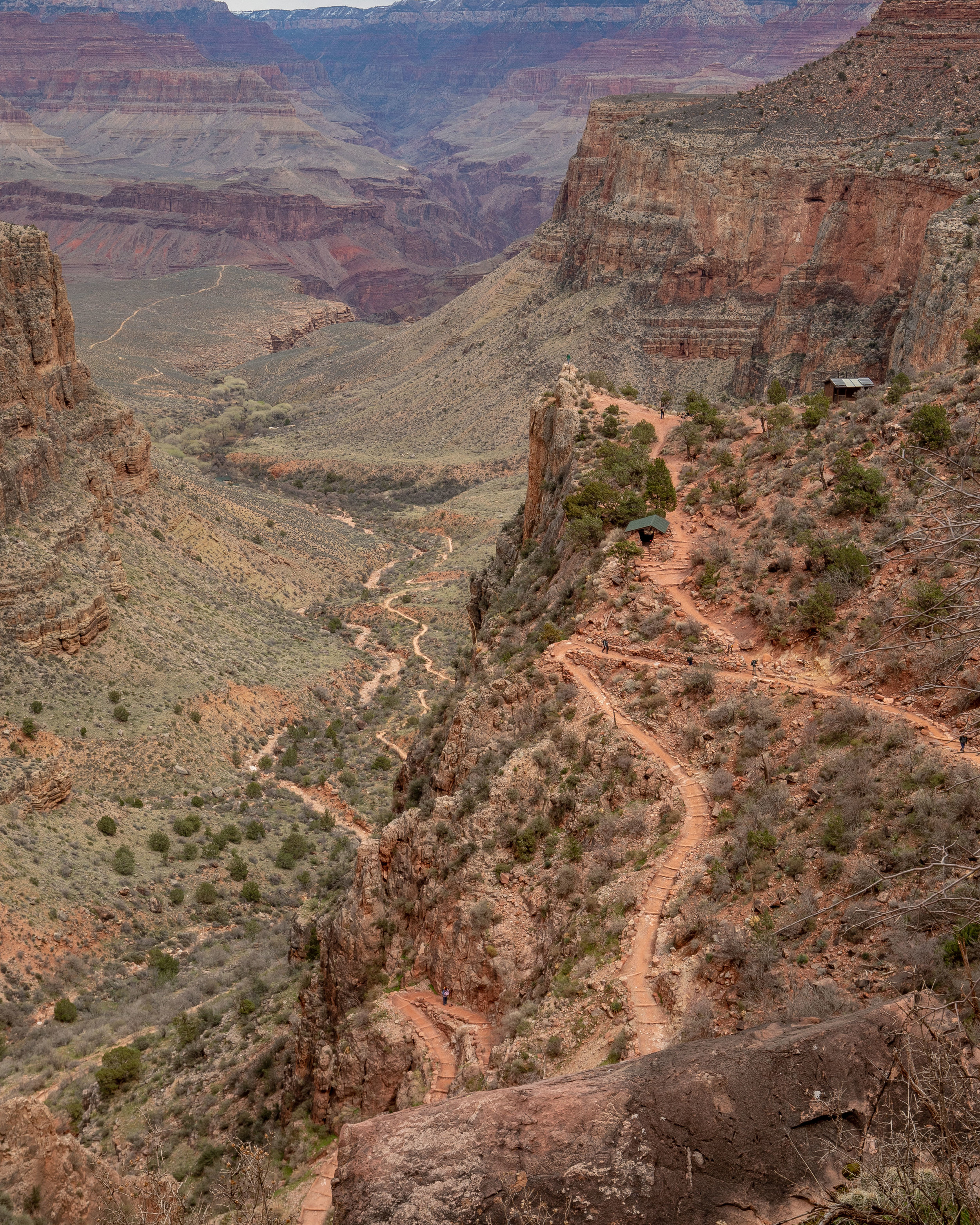 The switchbacks on the Bright Angel Trail