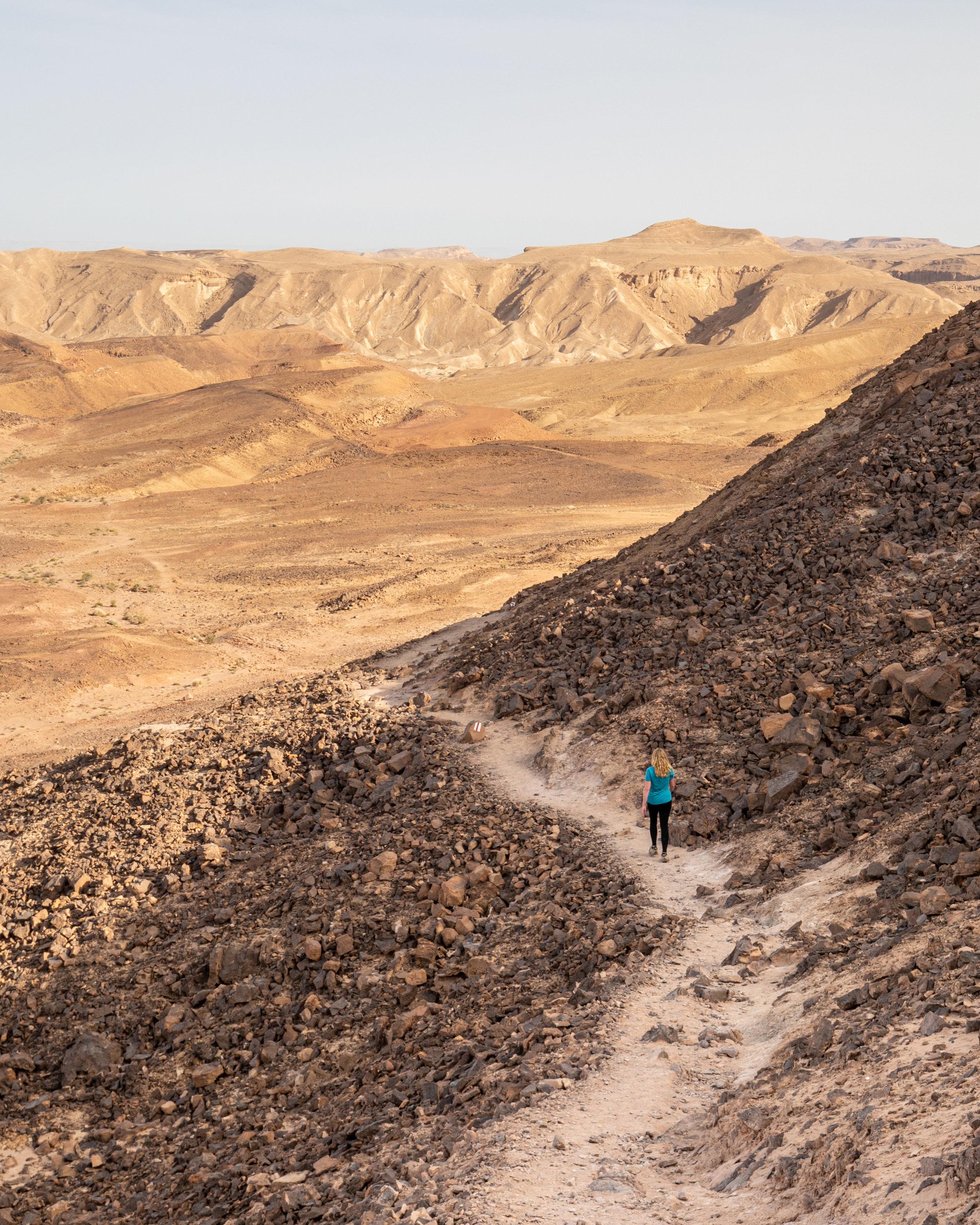 Hiking in Mitzpe Ramon
