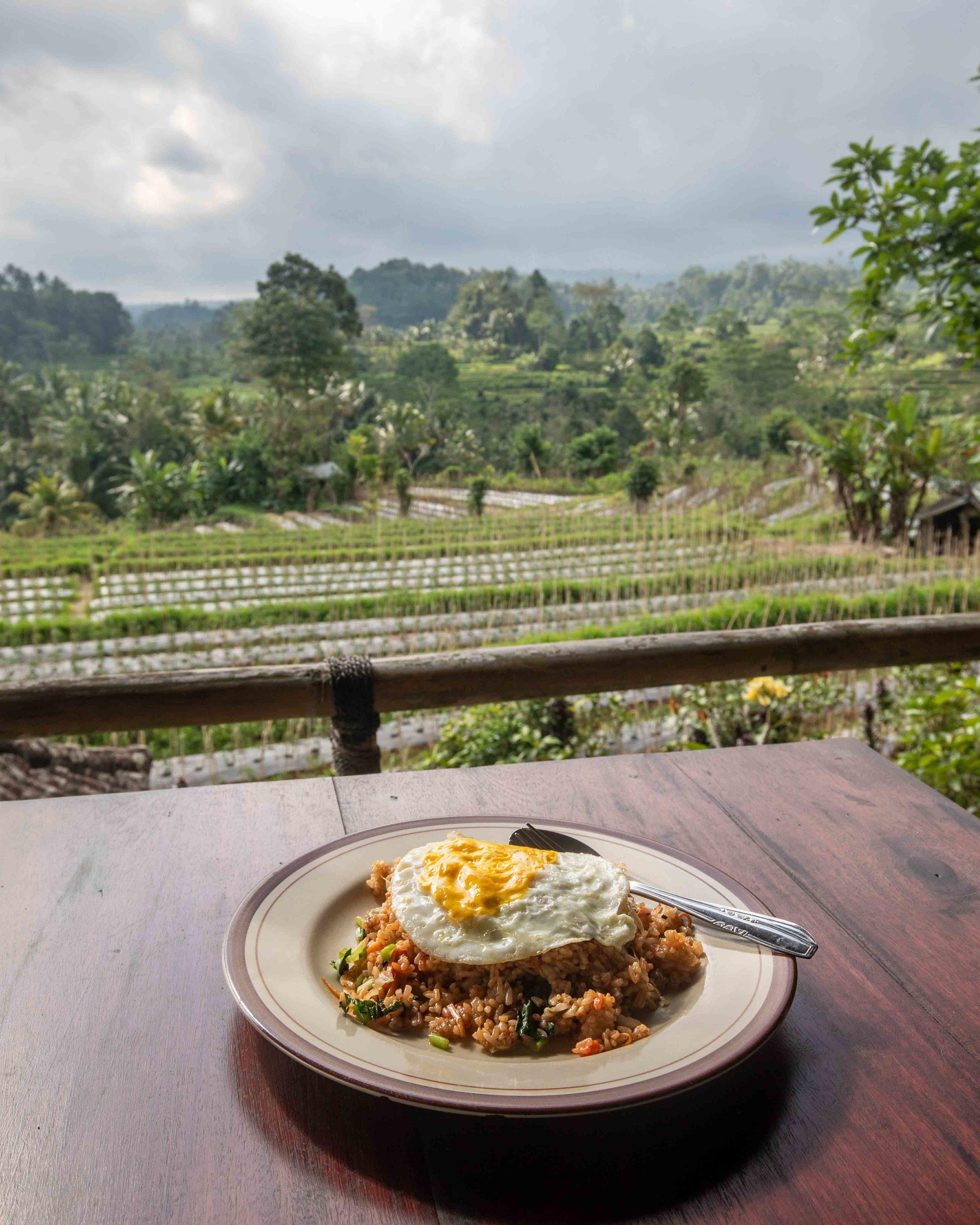Sidemen Bali - visiting Iseh