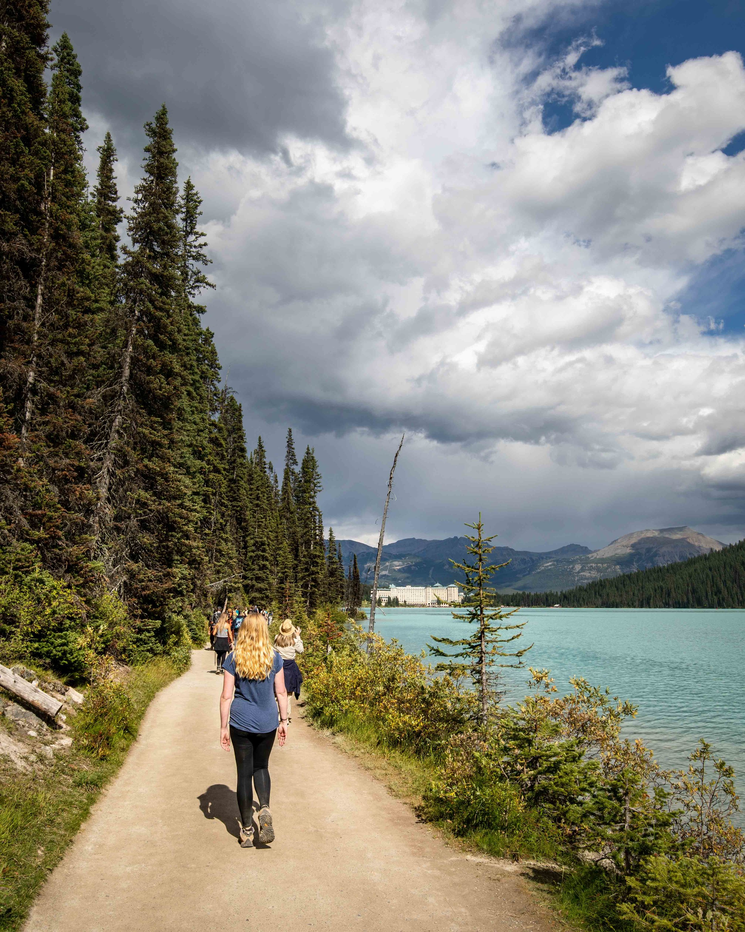 The Lake Louise foreshore Walk