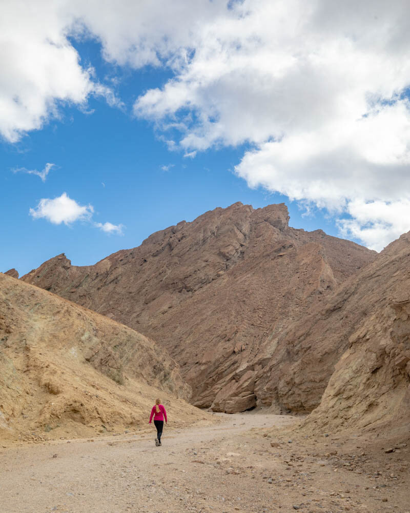 Death Valley hikes: The valleys in the Golden Canyon