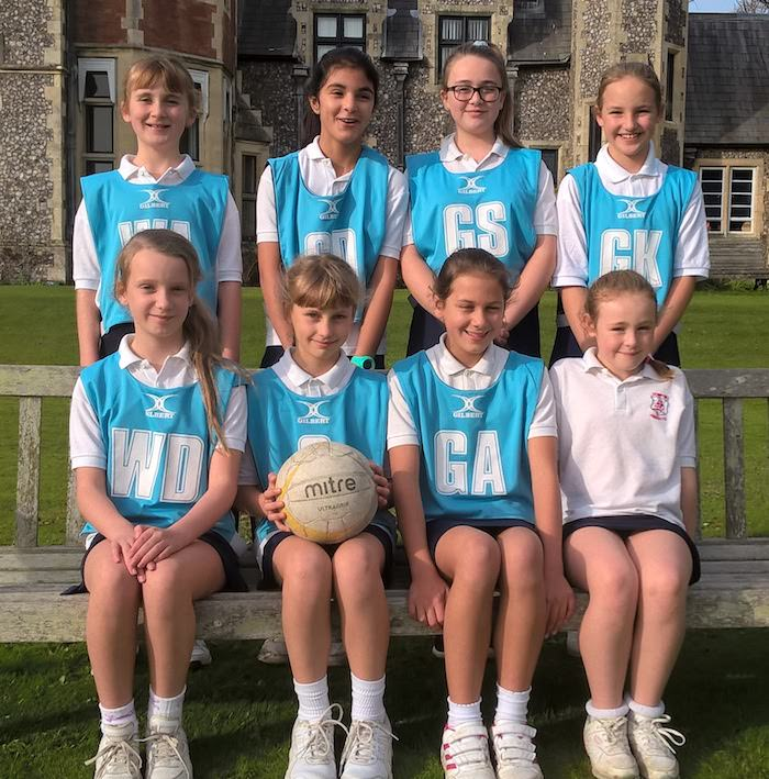 sompting abbotts netball team