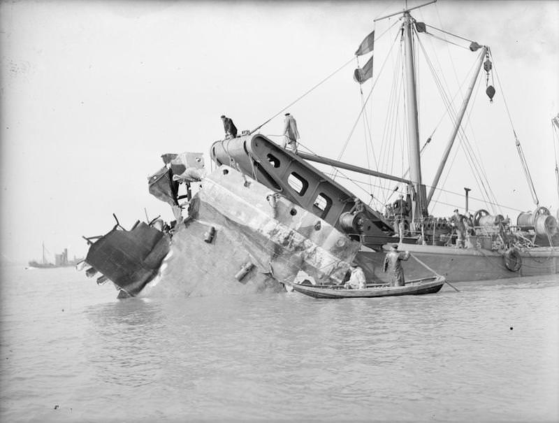 The destroyer HMS Gipsy hit by a mine on 21 November 1939, whose rescued sailors Jim's mother helped to clothe with Jim's outgrown Sompting Abbotts' school uniform. Photo:    Imperial War Museum