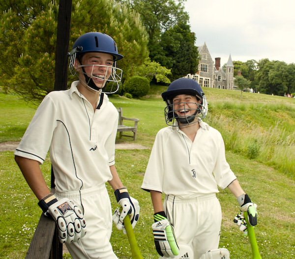 Sports    offered include rugby, football, cricket, netball, hockey, tennis, athletics and gymnastics, golf, squash, modern dance, archery, fencing, orienteering, mountain biking and shooting.