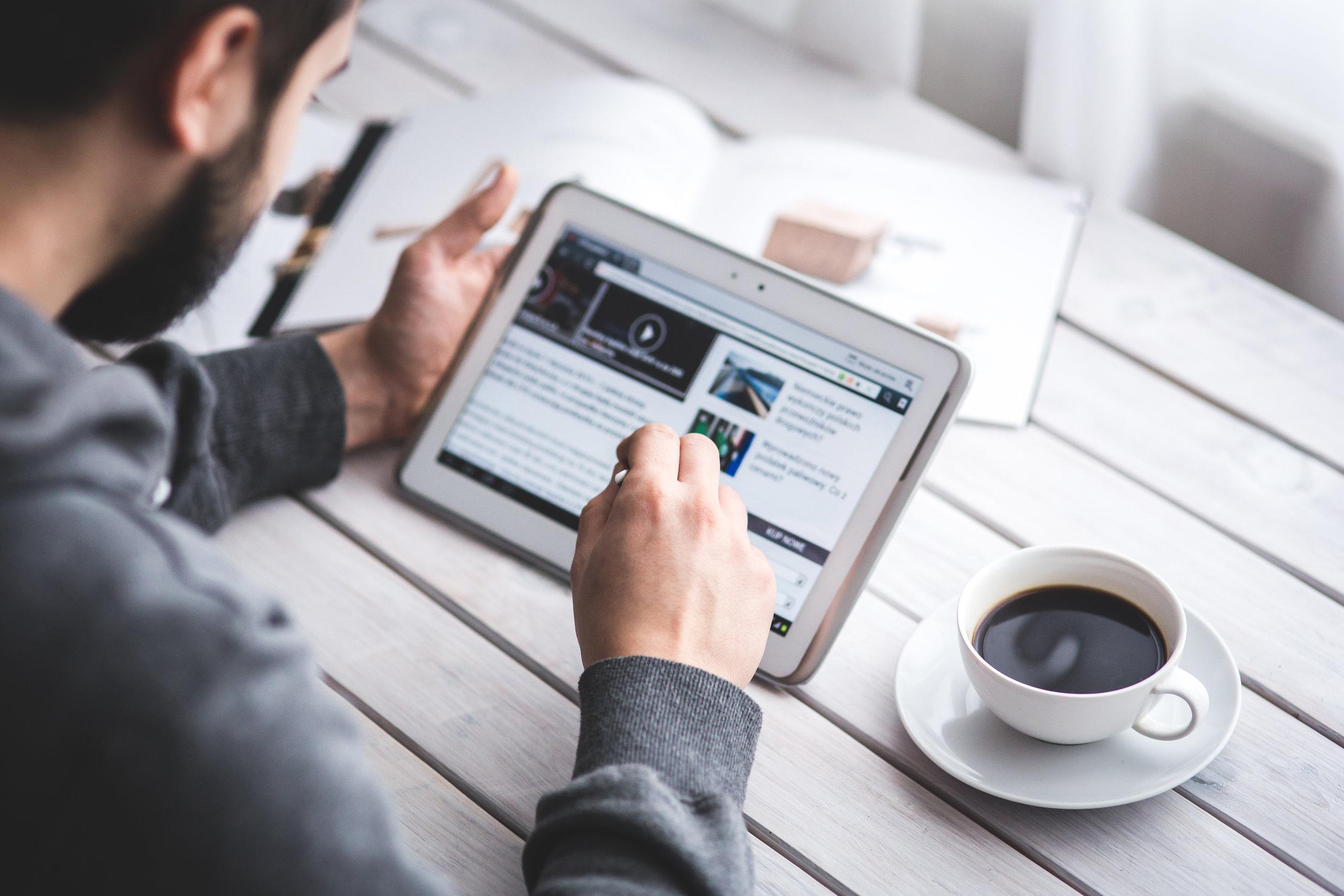 social media detox overload digital tech