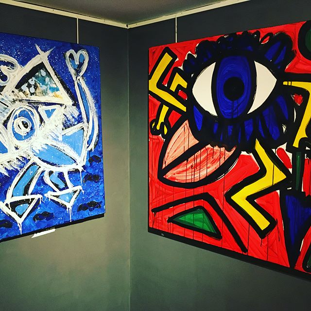 Check out Juliana Del Burgo's Happy Monsters last day at the Old Brompton Gallery #julianadelburgo #happymonsters #oldbromptongallery #art #exhibition #chelsea