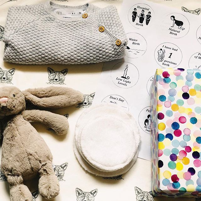 Hospital Bag packing... after getting caught out last time, I've been organised and got ours packed for 👶🏼 2. I think I've got the essentials covered: mini neutral clothes, nappies, a beautiful baby blanket, a pressie from the baby to our son etc. This time around I've made a few different choices - I've opted to try reusable @mamadesigns breast pads (super soft, environmentally friendly and cost effective) and put together our birth plan using the fab icons from @milli.hill after seeing them on @mother_of_daughters birth recommendations (really helped open up our chat about birth, it's simple and clear and I like the way it communicates our choices because I'm a very visual person). Got any other recommendations or essentials that you wish you'd packed? I feel like I've forgotten everything from first time around!! #hospitalbag #positivebirth #waitingforbaby #nesting #maybaby2019