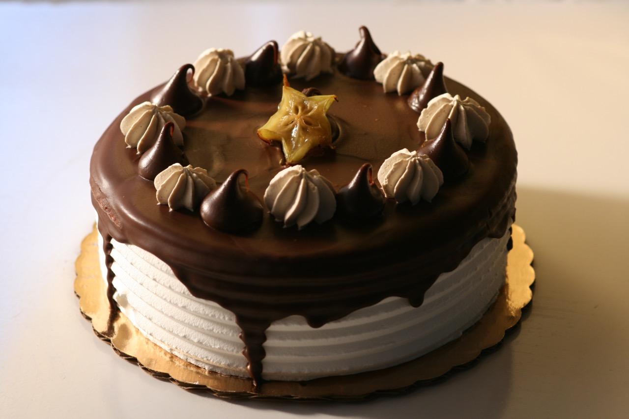 Aroma Market cake 1.jpg