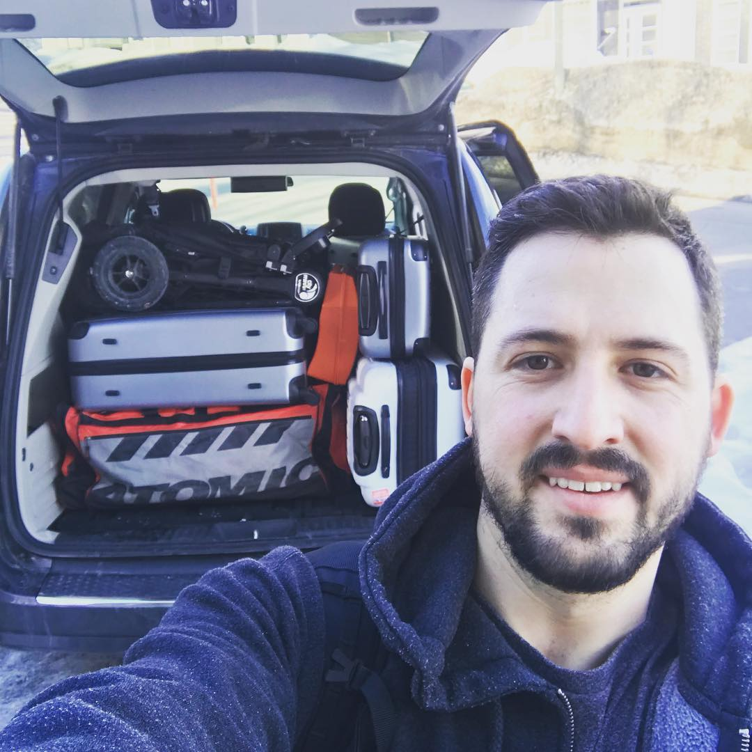 That's it! Everything we own fits in one van! Bye bye la ville de Québec!  #expatlife  #quebeccity  Ref : https://www.instagram.com/p/BghXTmYHwZL/