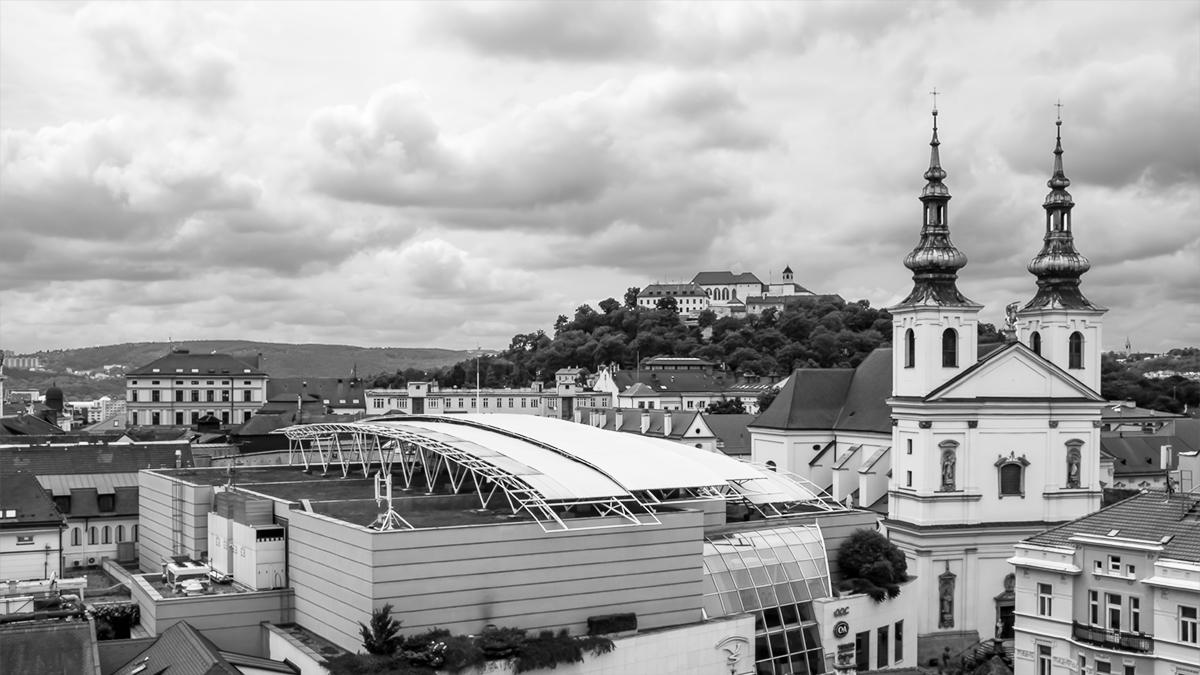 wandaHolmesOliver_Brno.jpg