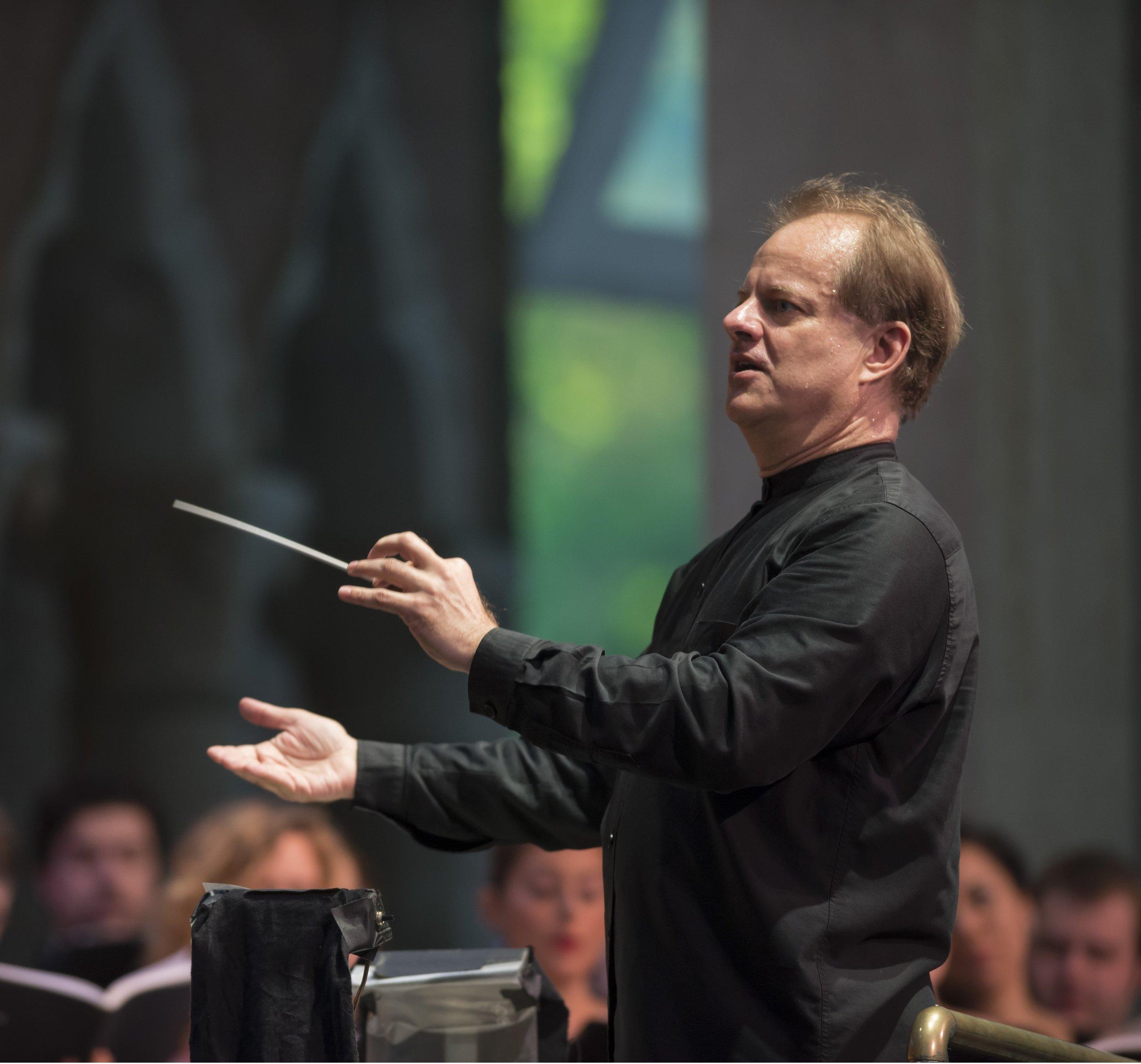 Will Crutchfield conducting Guillaume Tell, photo © Gabe Palacio