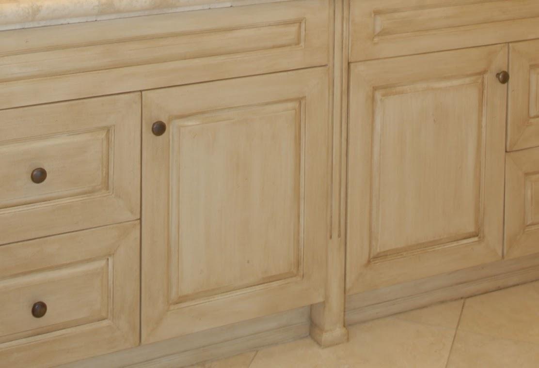 Kitchen cabinet closeup.png