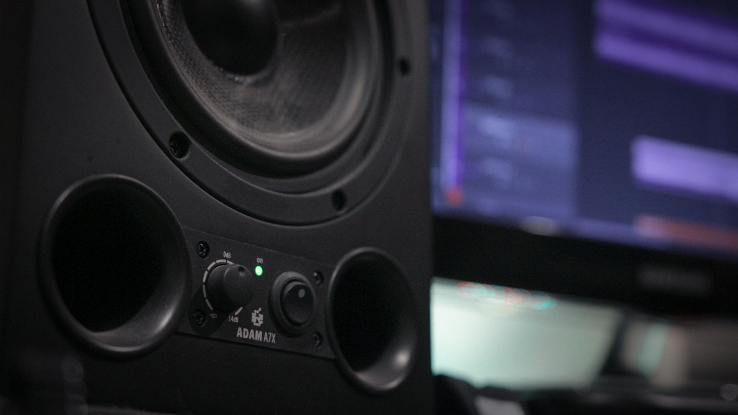 Bear Away Studio-12.jpg