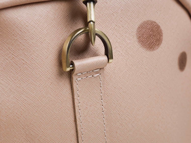 Detachable sholder strap