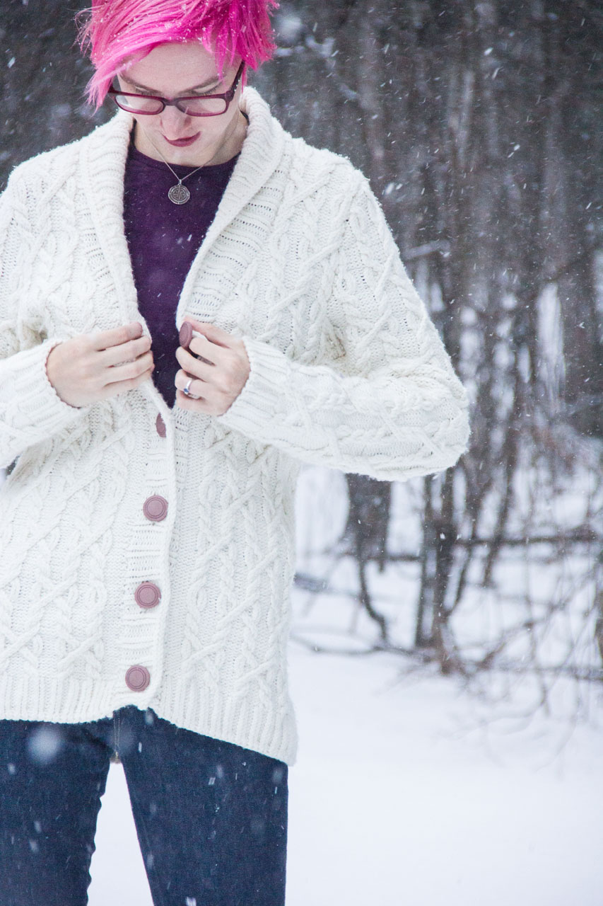 snoqualmie sweater