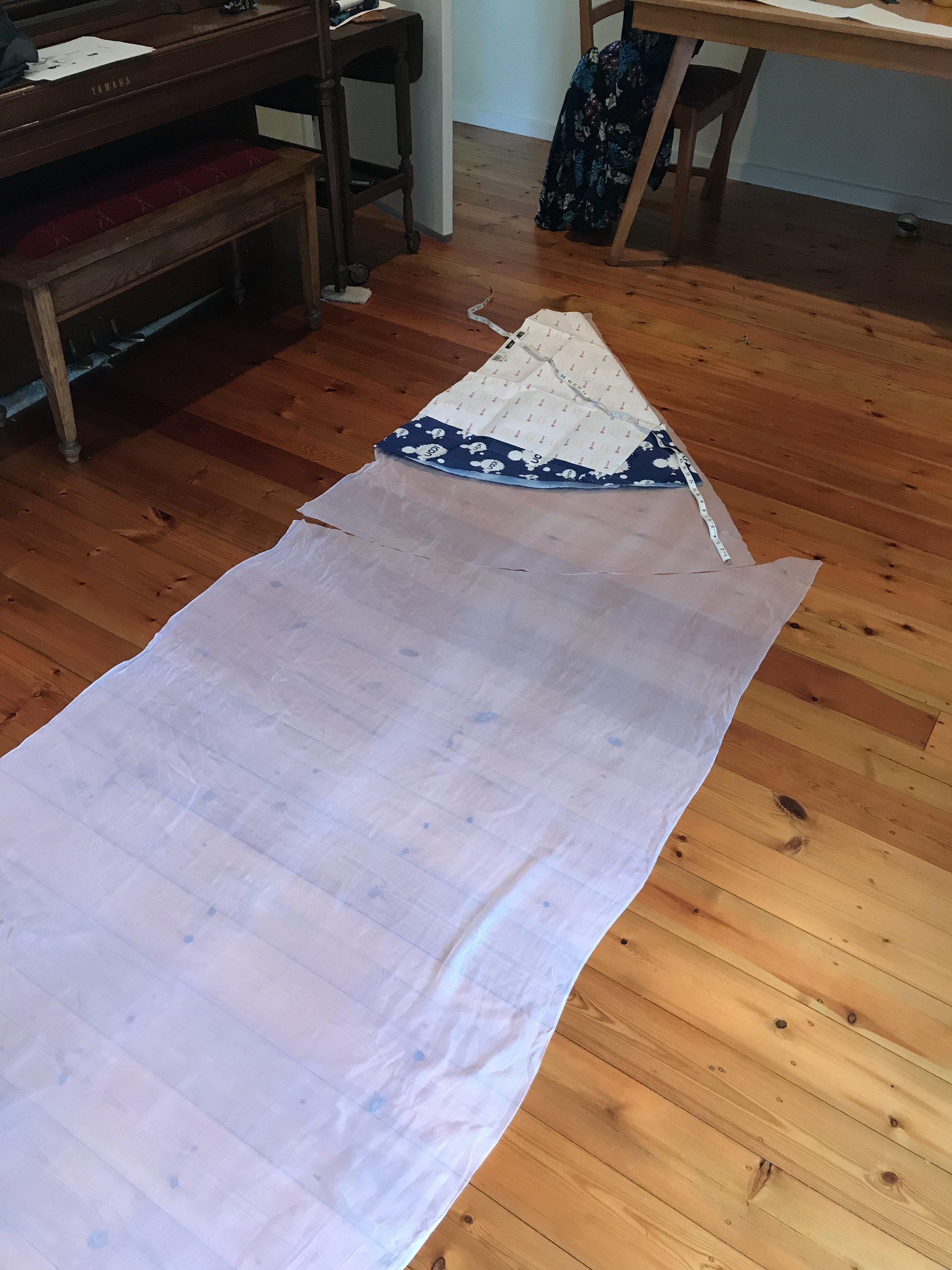 cutting layer two of wedding dress circle skirt