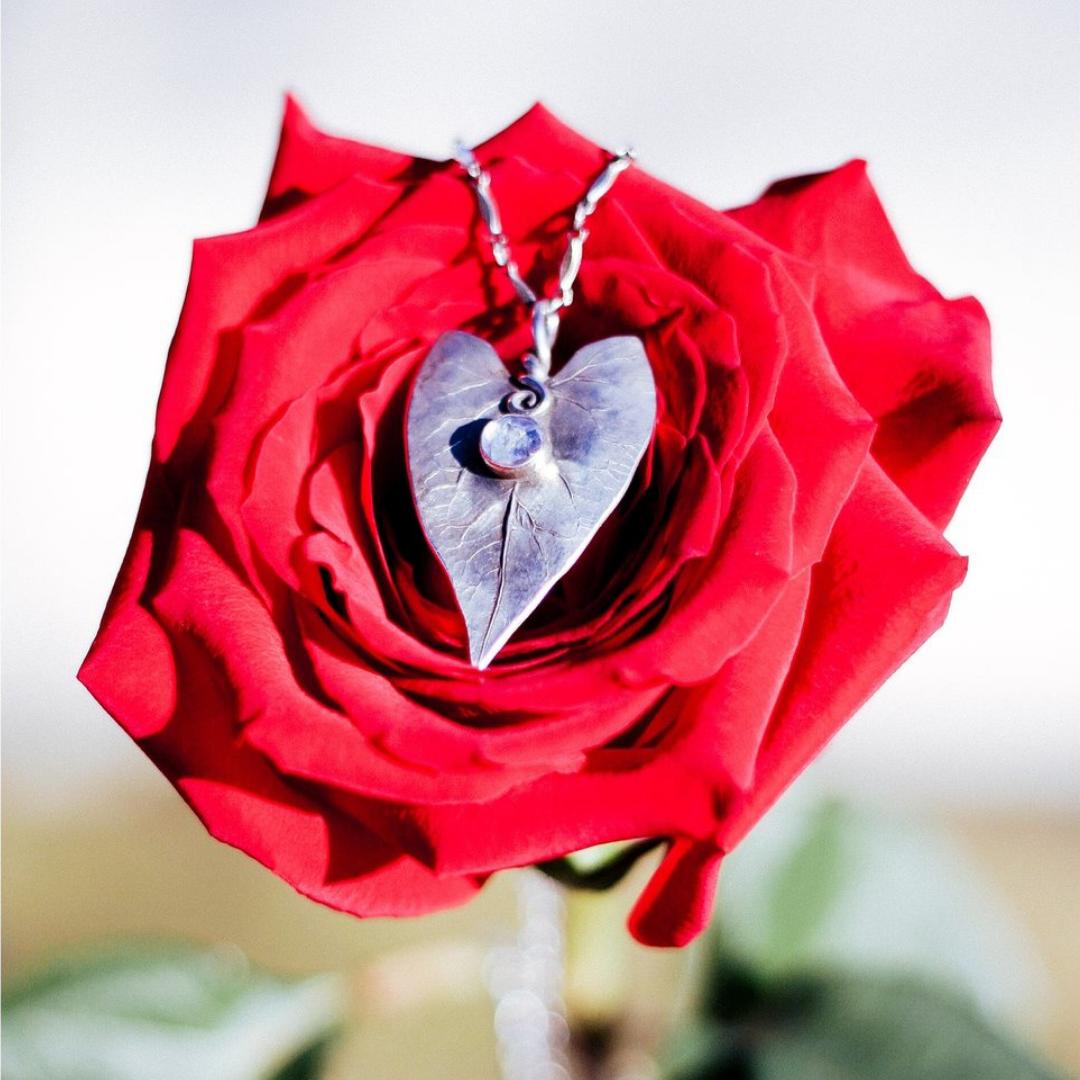 Botanical-Wedding-Jewelry.png