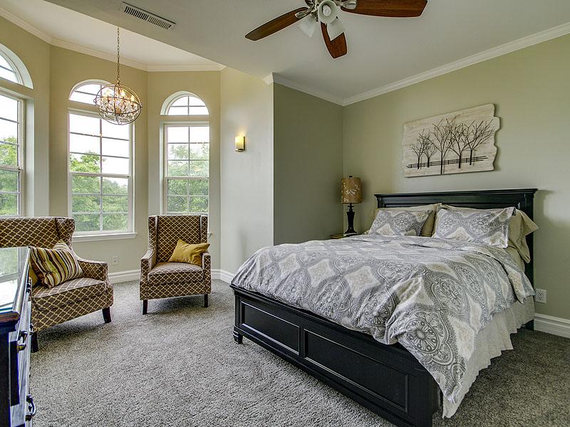 Aphrodite Junior Suite Queen Bed