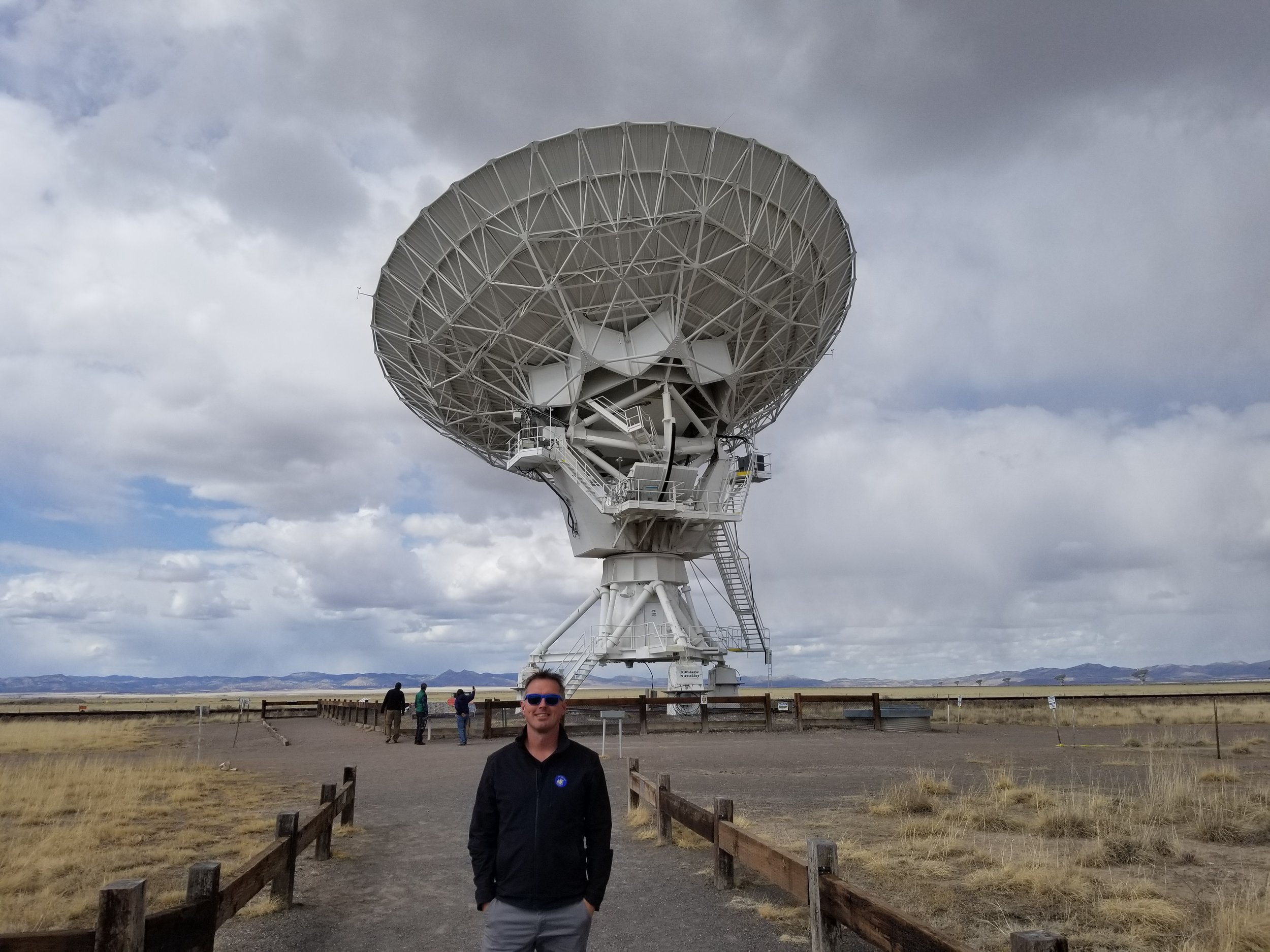 As we were walking up this dish antenna realigned to observe a new object. It was pretty impressive to see it adjust.