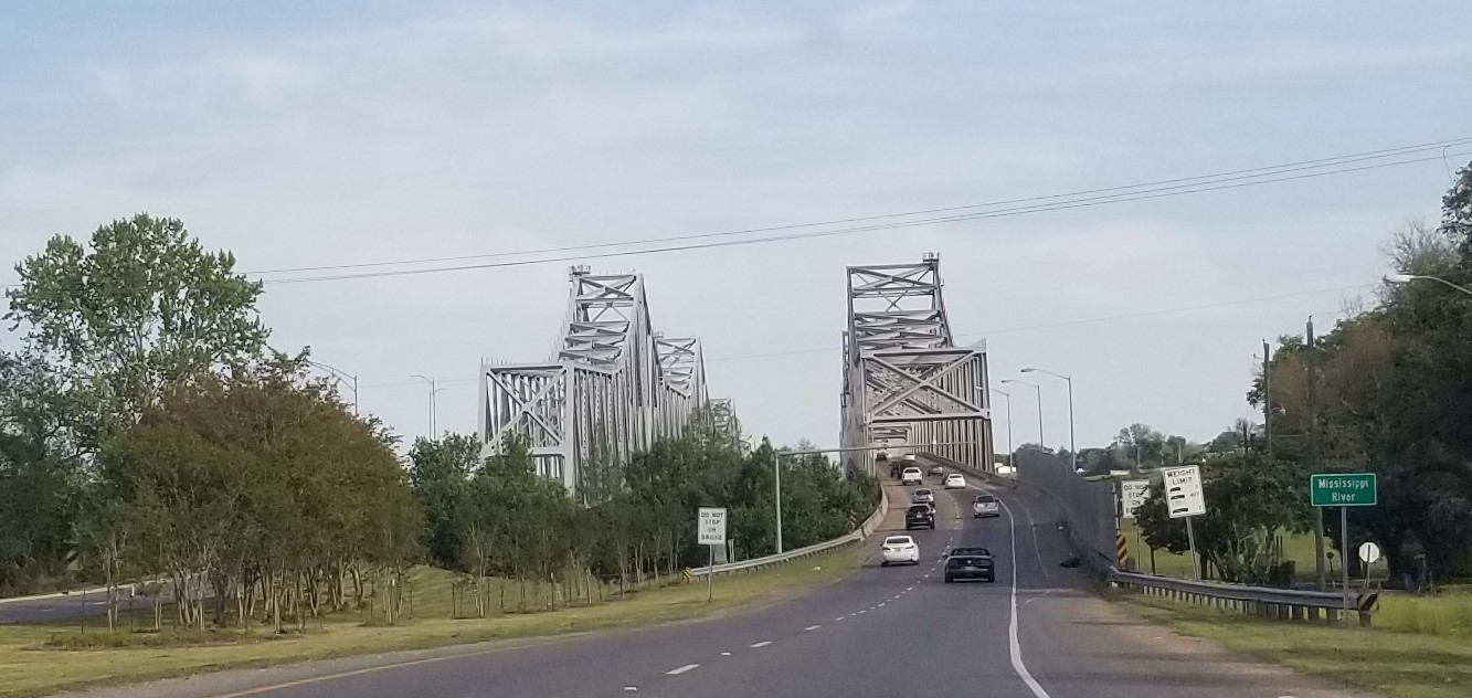 Crossing the bridge from Louisiana to Mississippi