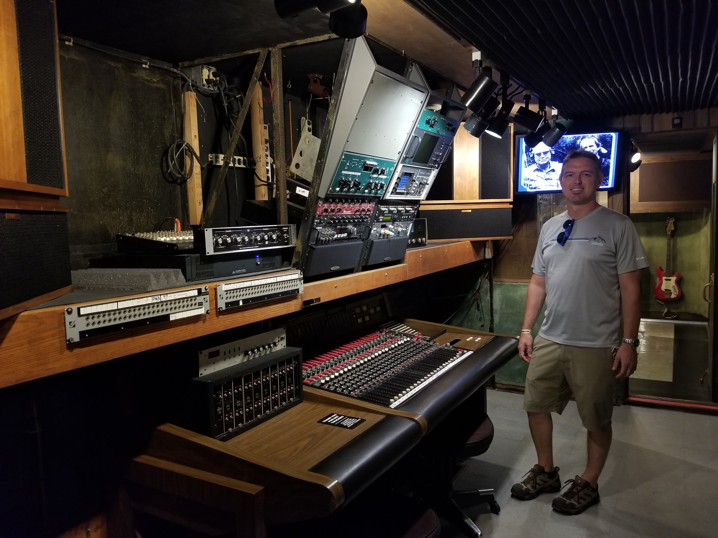 The bands and artists who recorded with Enactron included Black Sabbath, Johnny Nelson, Willie Nelson, Jimmy Buffet, Bob Dylan, James Taylor, Bette Midler and Barbara Streisand