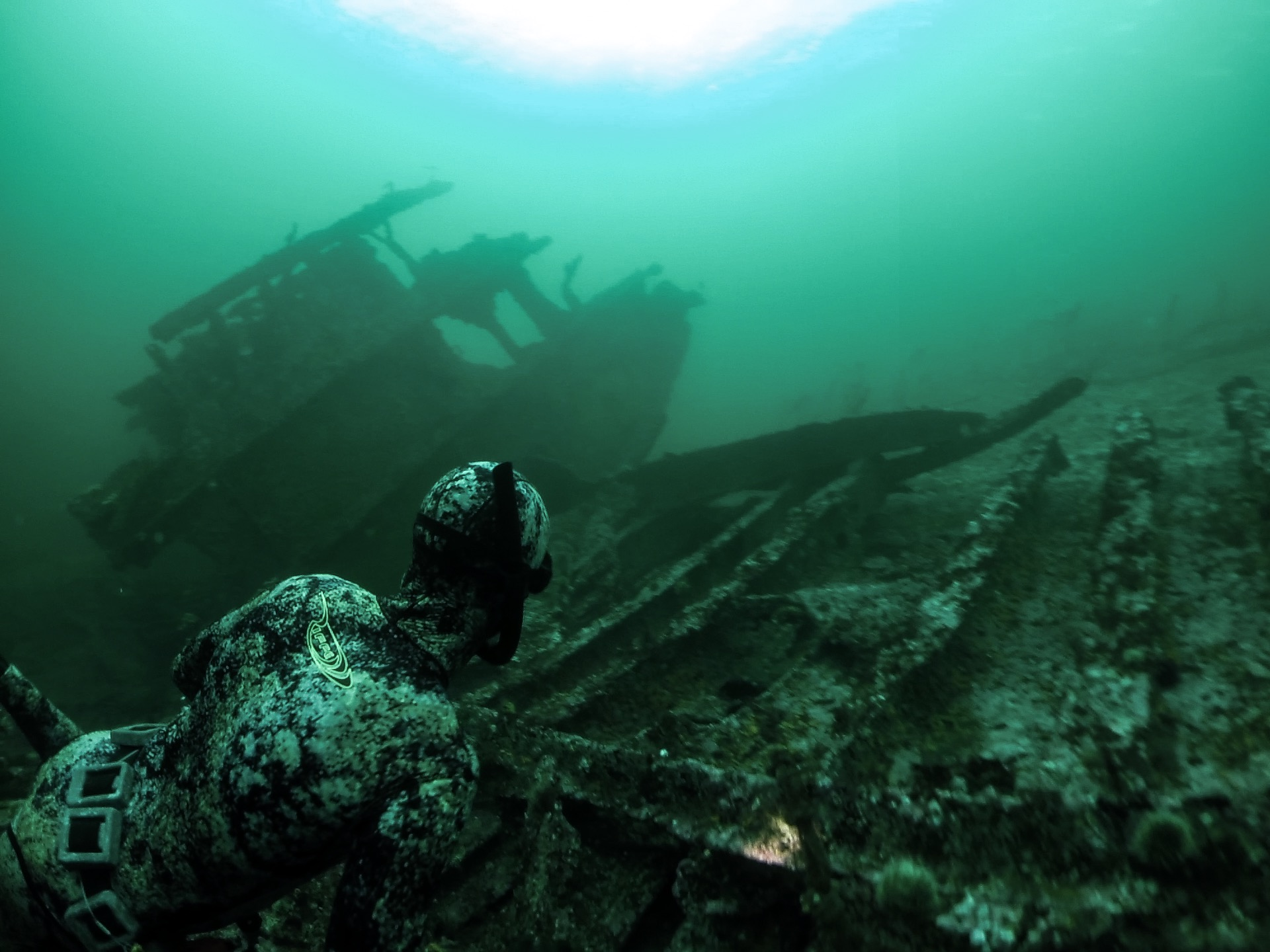 Yoga Freedivers Wreck