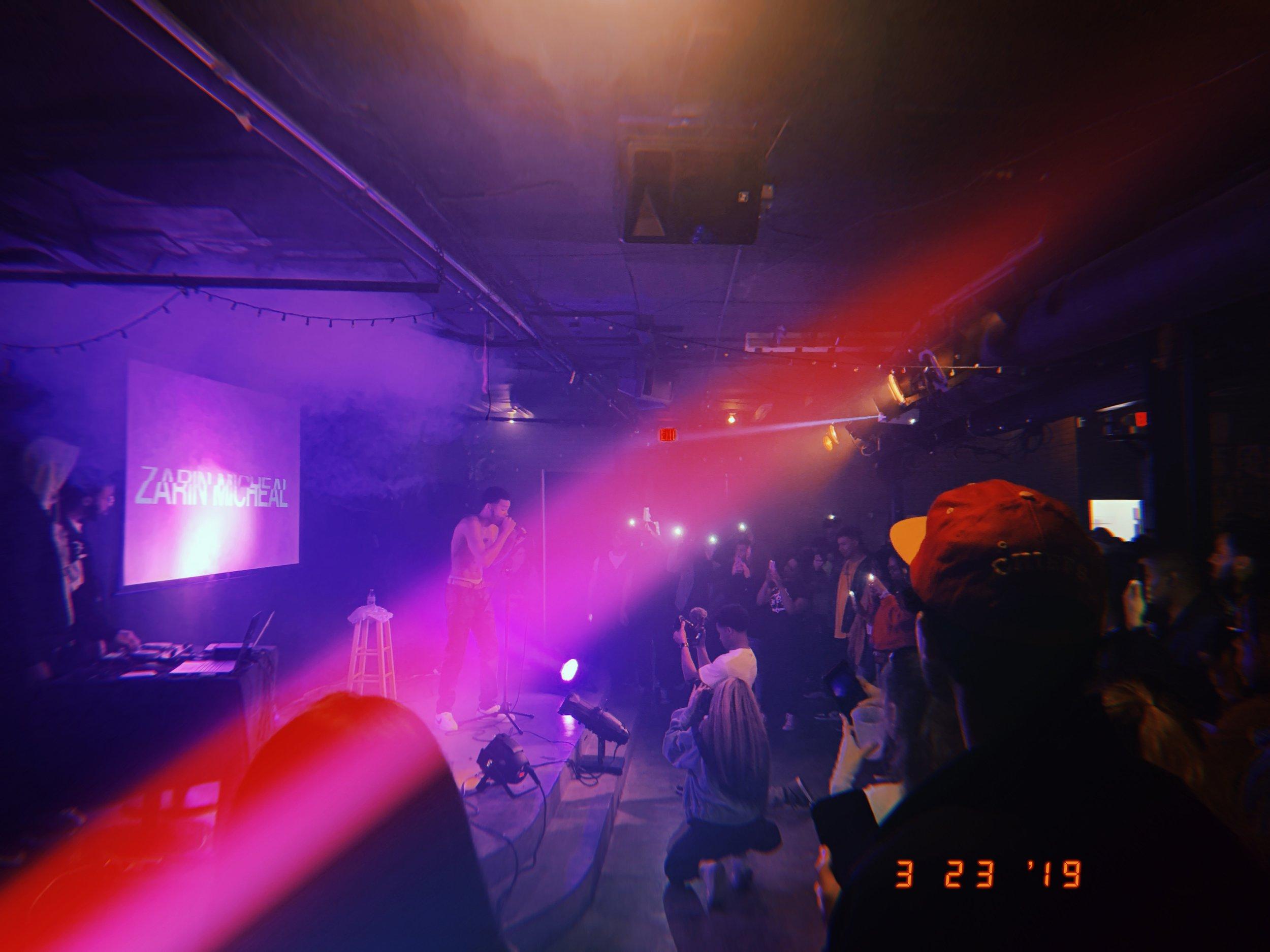 2019-03-23 21_43_23.052.jpg