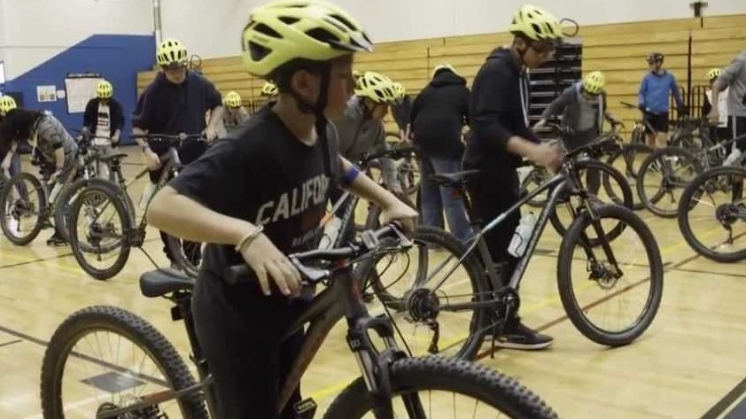 Everitt Students Saddle Up & Get Ready to Test Ride For Class