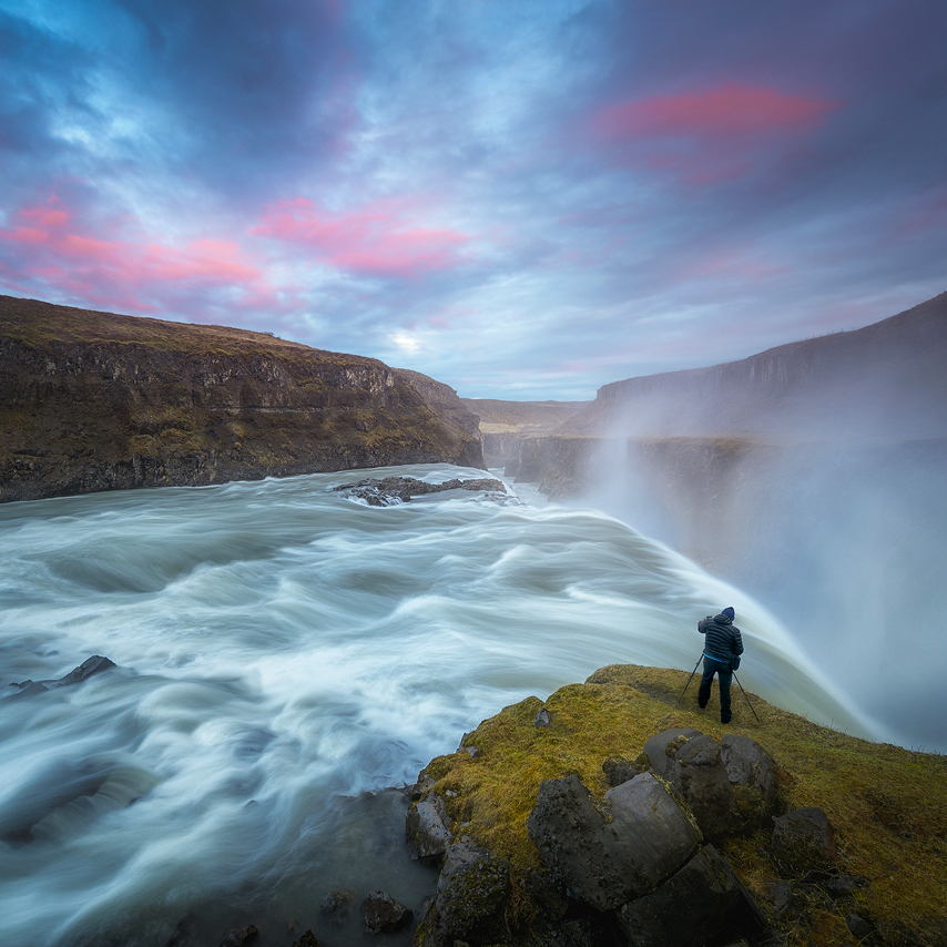 ICELAND In Autumn   Price: 2990 EURO Dates: September 15-22nd 2017 Guides: Arild Heitmann & Ryan Dyar Availability: FULLY BOOKED