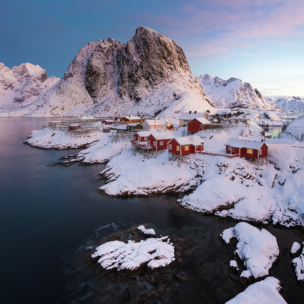 LOFOTEN - Life In The Arctic   Price: 2590 EURO Dates: March 9-16th 2018 Guides: Shane Wheel Availability: NEW