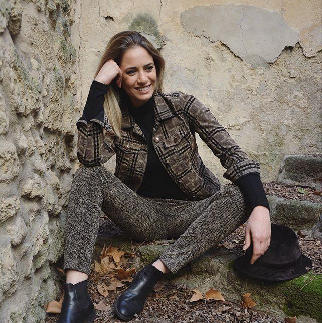🍂 Découvrez tous nos points de vente sur notre site internet ✨www.mayjune.fr ✨ 👖LOLITA WOOD . . #mayjuneofficiel #automne2019 #pantalonsfemmes #trousers #modefeminine #marquefrancaise #frenchbrand #aw19 #fashion2019 #elegance #couleurdhiver @nathaliebarthe