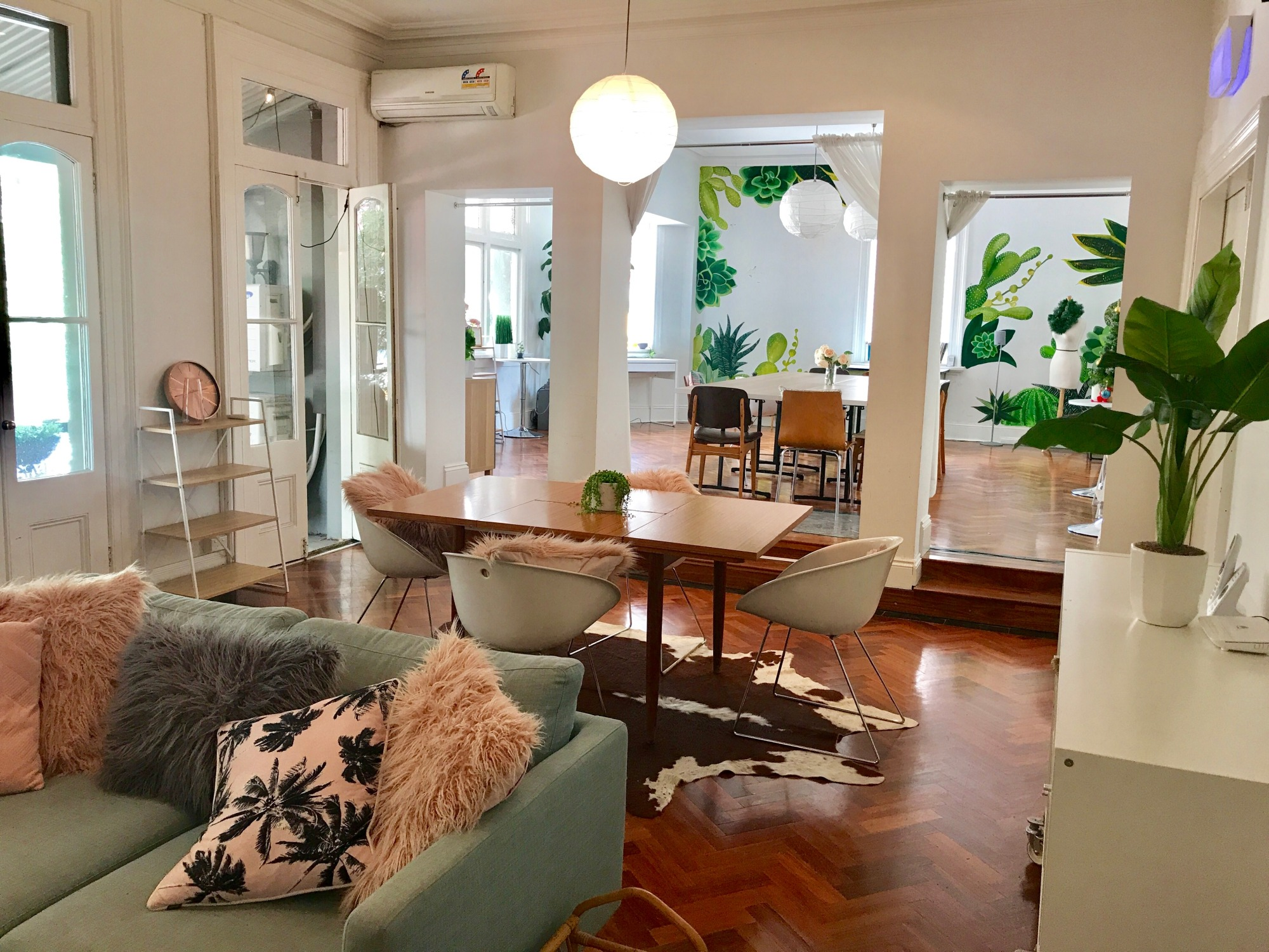 THE BALCONY ROOM & THE LIVING ROOM - View Gallery