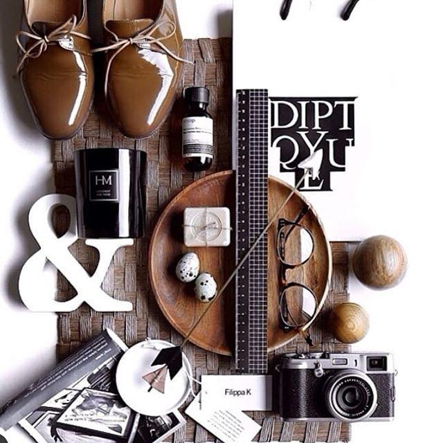 One of our favourite photos, form a few years ago.  Form the amazing @mrpaddingtonbear ♡♡♡♡ #photography #design #decorating #flatlay #stylish #fragrance #hutandmanor #natural #soycandles #australianmade #love