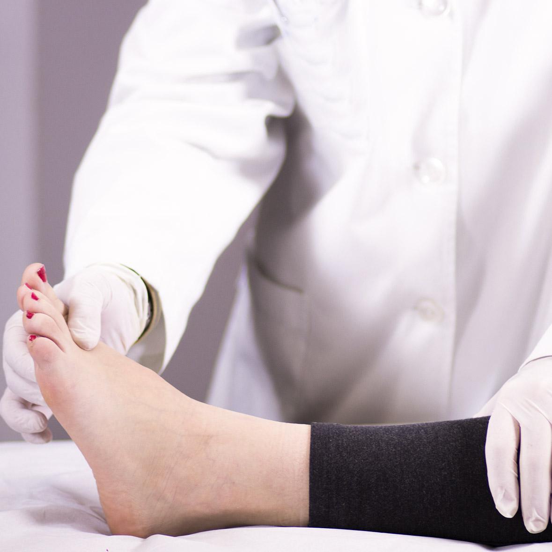 Un medico chirurgo specialista in Fisiatria
