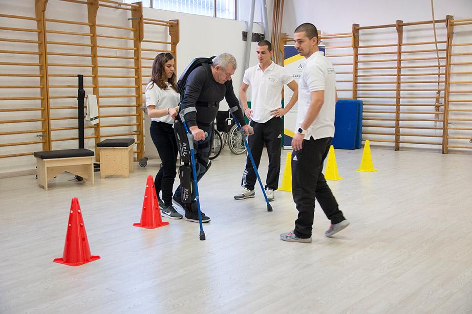 31-un-passo-in-avanti-palestra-per-lesioni-spinali-roma-esoscheletro-chi-può-usarlo.jpg