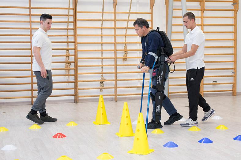 30-un-passo-in-avanti-palestra-per-lesioni-spinali-roma-esoscheletro-chi-può-usarlo.jpg