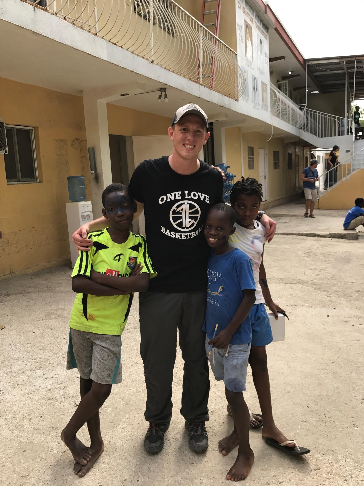 Pastor Matt,  Mission's Pastor at Hope Community Church , sharing the One Love of Jesus in Haiti last week.