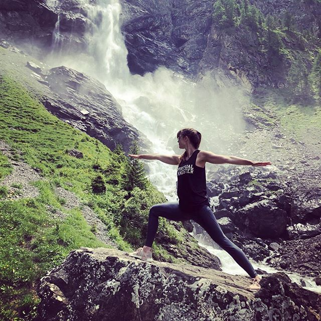 """For in the true nature of things, if we rightly consider, every green tree is far more glorious than if it were made of gold and silver."" Martin Luther ✨🙏🏻 #yoga #yogakollektiv #yogastudio #yogaclass #yogacommunity #yogi #yogini #bern #yogabern #englishyogabern #yogaschweiz #yogaswitzerland #yogisofig #love #yogalife #selfrealization #trueyou #innerpeace #om #sukha #selfcare #betruetoyourself #yogaweekend #adelboden #berneroberland #thecambrianadelboden"