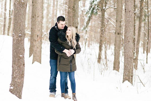 I know I'm going to get some flack for this but I'm kind of missing winter shoots. It was so magical, and I'm really looking forward to these cuties wedding at @stonefields_estate in September ✨