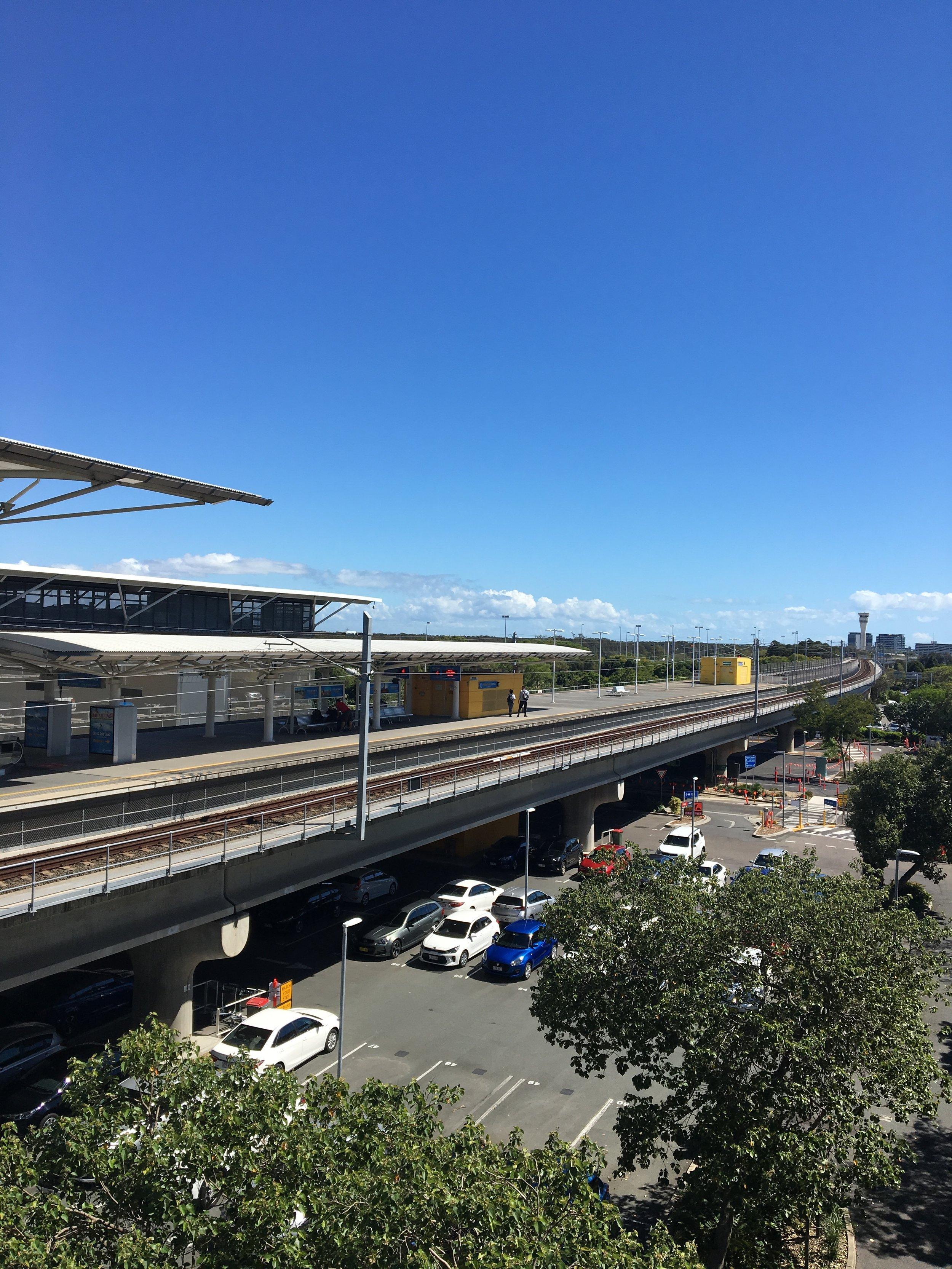 australia-brisbane-airport-train