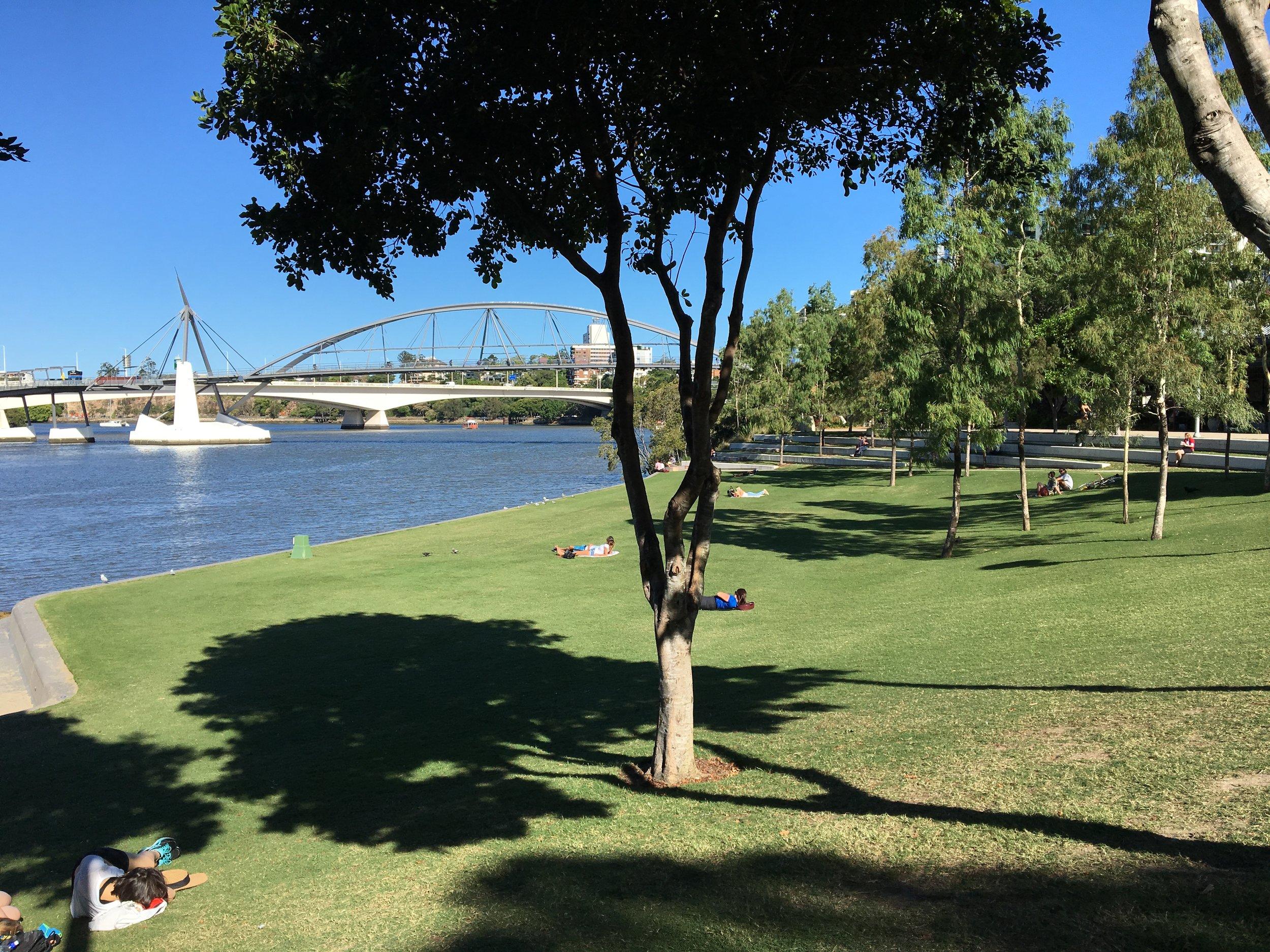 australia-brisbane-travel-southbank-promenade-7.JPG