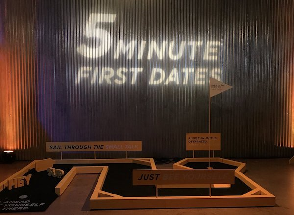Bumble's Empowering Connections activation at SXSW 2018 brought people together for a 5 minute first date. Image via    Twitter   .