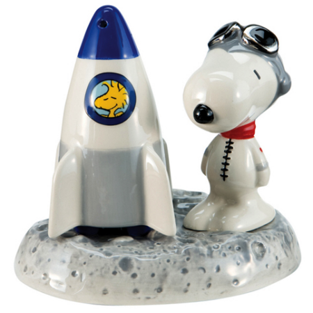 snoopy rocket salt and pepper.png