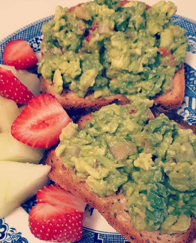 Healthy breakfast (don't judge me) healthy mind! #wellness is colourful!