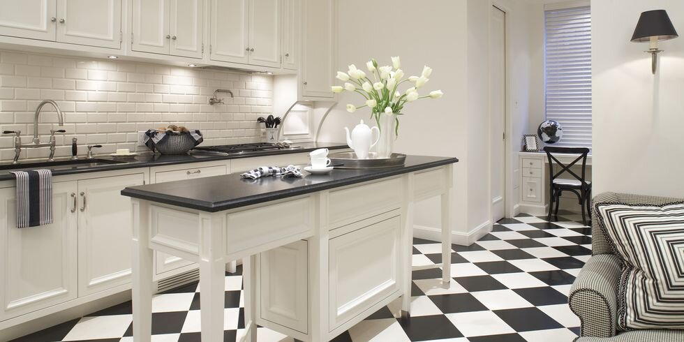 black-white-kitchen-1-1540921357.jpg