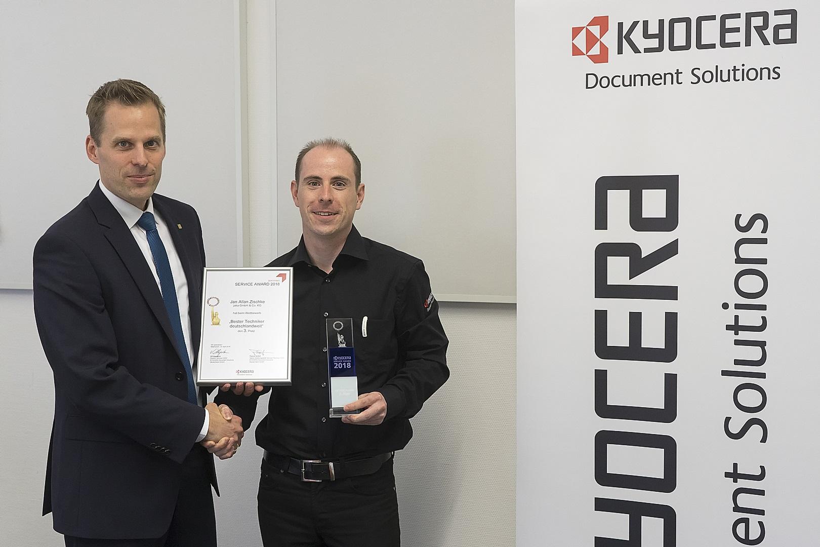 Siegerehrung_J.A.Zischke_KYOCERA-Service-Award.jpg