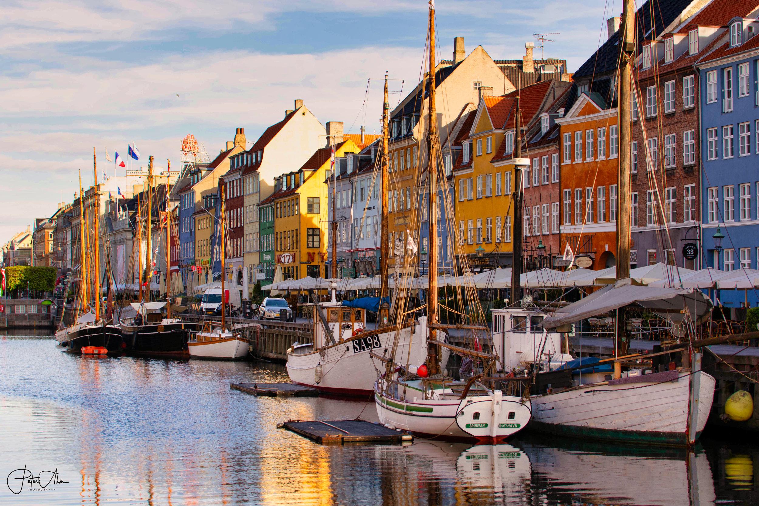 Nyhavn in the morning.jpg